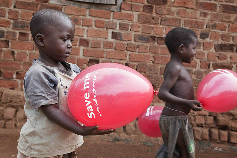 Uganda, Save the Children